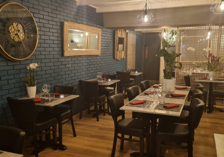 Restaurant le 52
